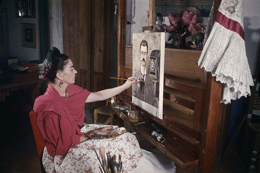Fotografías inéditas de Frida Kahlo poco antes de su muerte 07