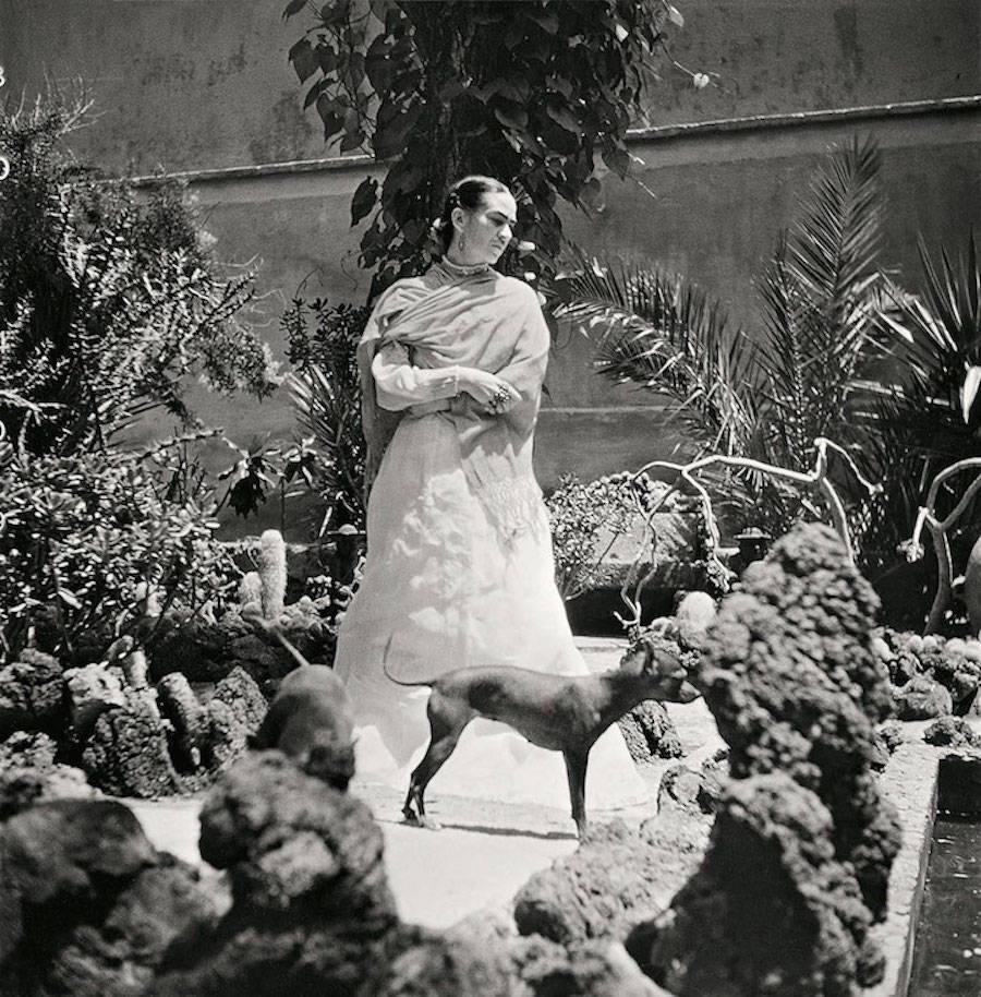 Fotografías inéditas de Frida Kahlo poco antes de su muerte 09