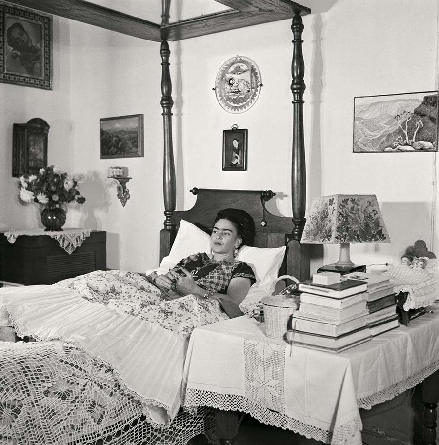 Fotografías inéditas de Frida Kahlo poco antes de su muerte 15