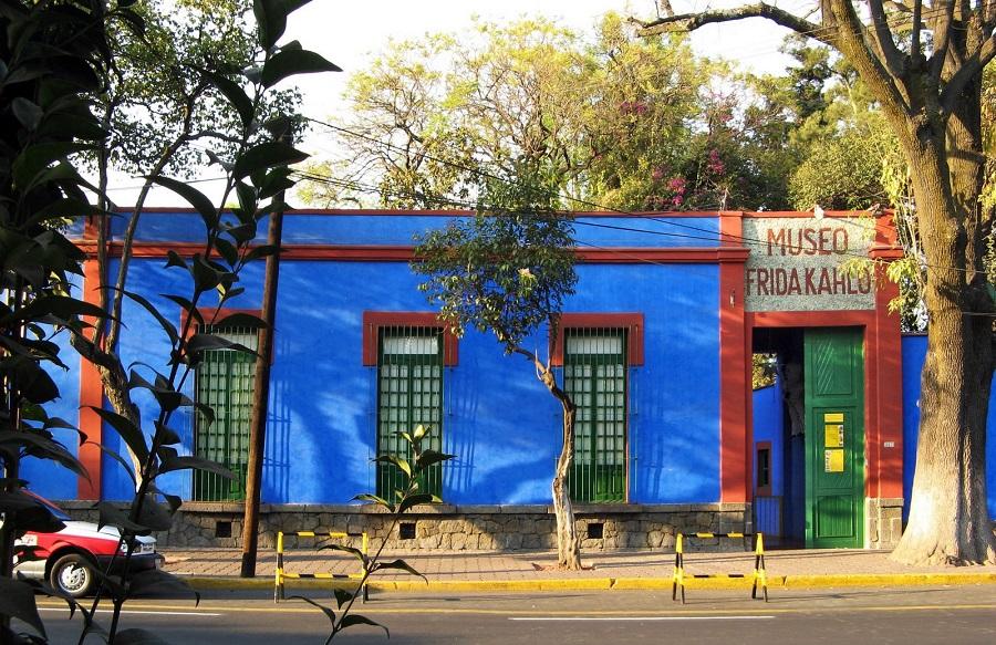 Fotografías inéditas de Frida Kahlo poco antes de su muerte casa azul 1