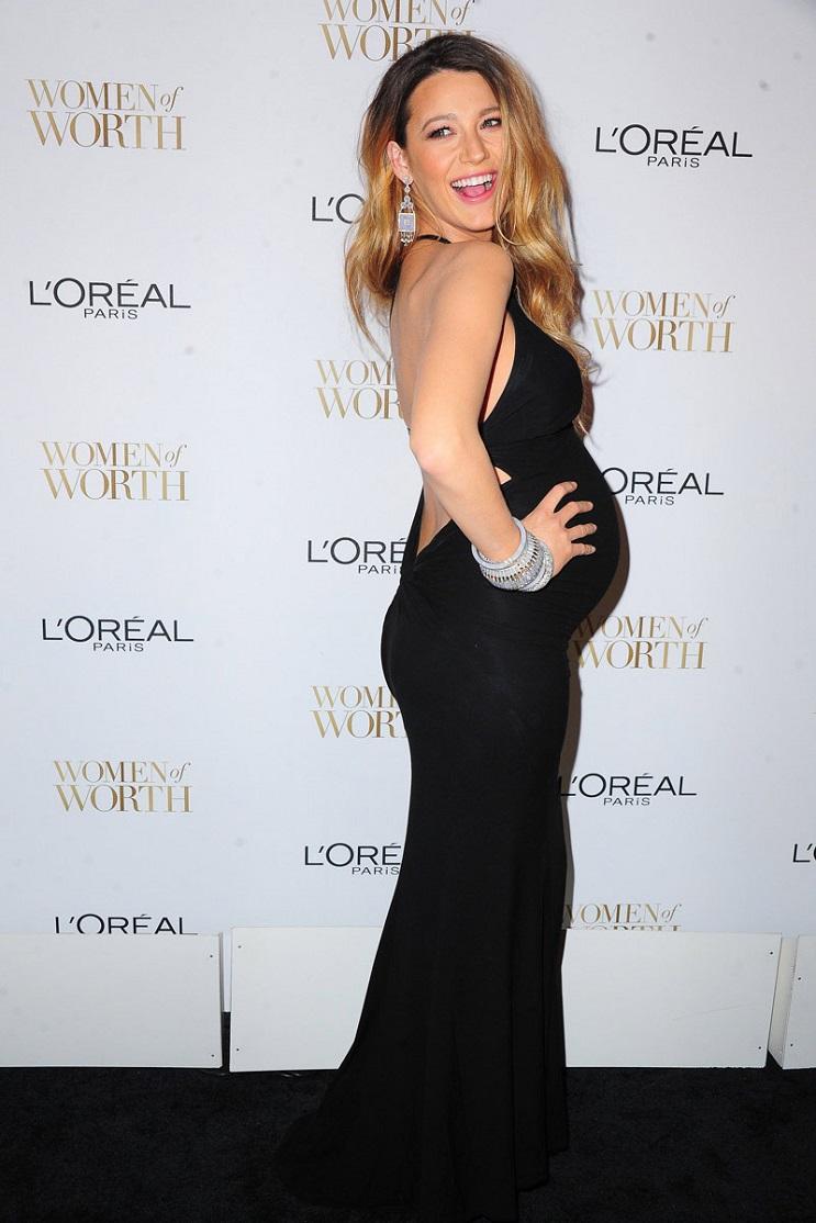 Las 15 mujeres famosas a las que les asentó bien el embarazo 21