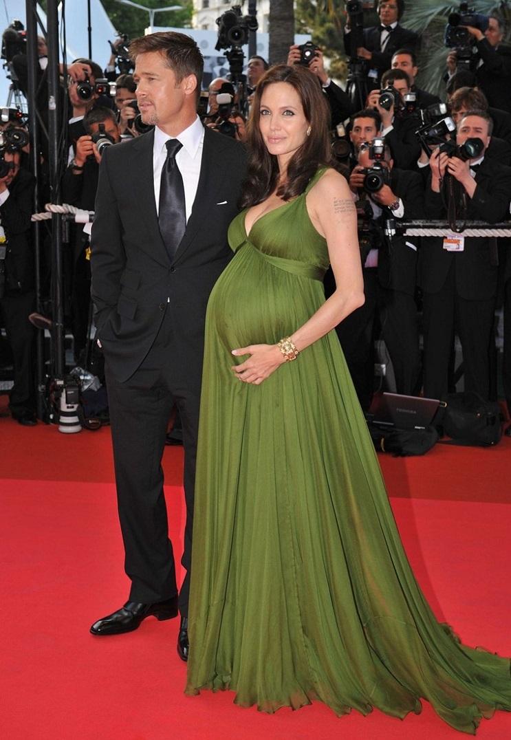 Las 15 mujeres famosas a las que les asentó bien el embarazo 28