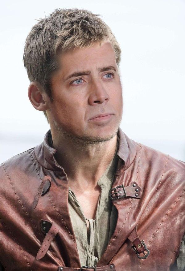 Nicolas Cage se suma a la fiebre de Game of Thrones de la más divertida manera 12