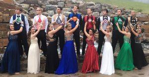 Trajes de superhéroes son tendencia en fiestas de graduación