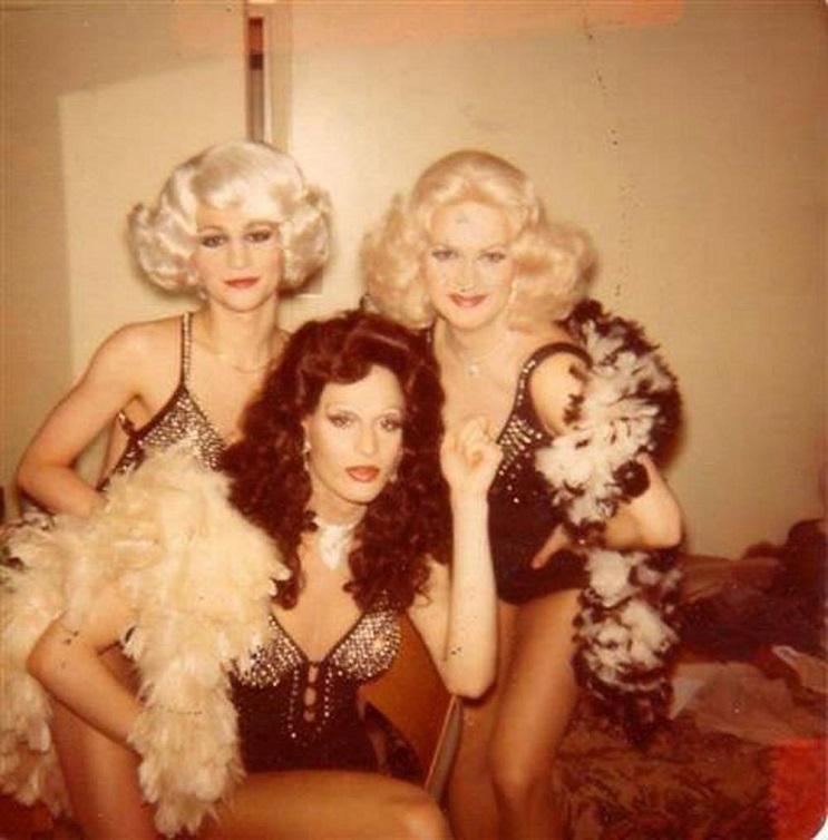 conoce a la drag queen más vieja del mundo 4