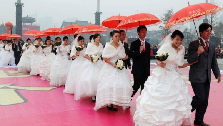 Aprueban ley que prohíbe matrimonio entre una mujer de nacionalidad china y un extranjero 9