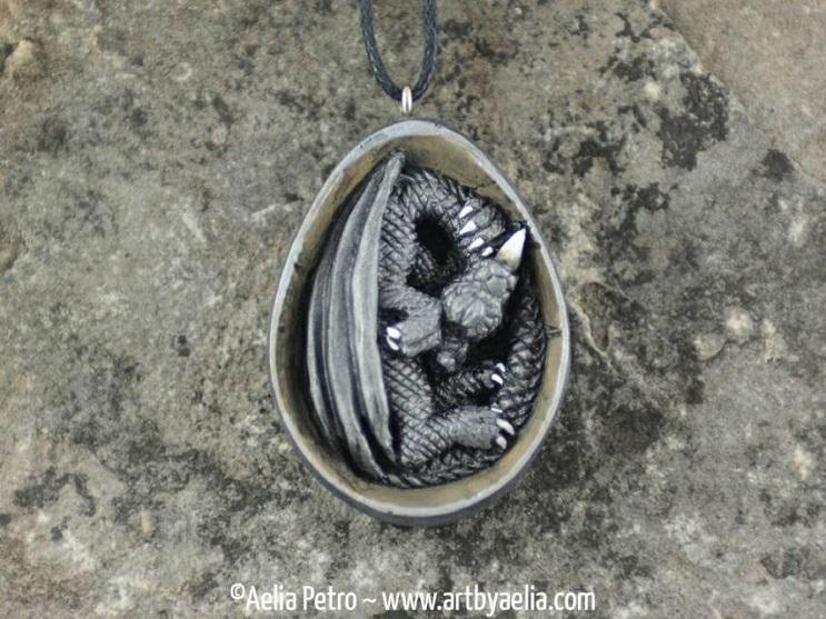 Con estas joyas puedes tener tu propio dragón y lucir increíble 10