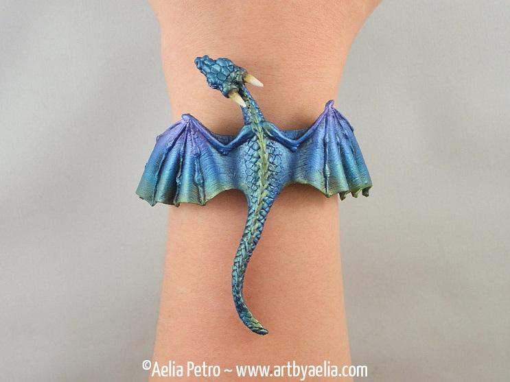 Con estas joyas puedes tener tu propio dragón y lucir increíble 6