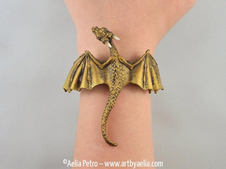 Con estas joyas puedes tener tu propio dragón y lucir increíble 7