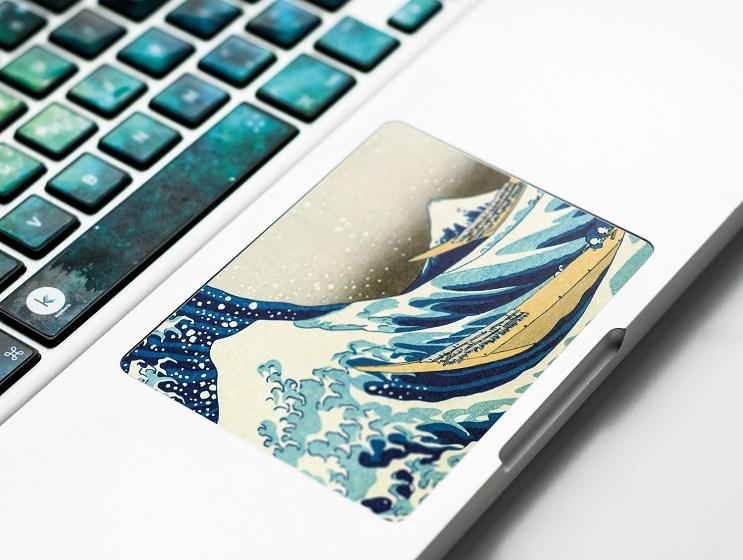 Con estos stickers podrás convertir tu laptop en una obra de arte 7