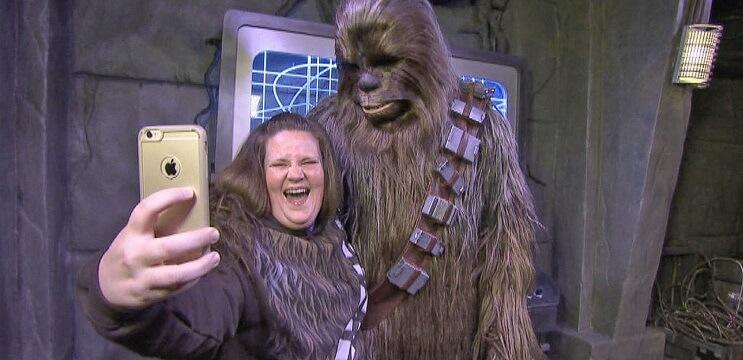 Cuánto ha ganado la mamá Chewbacca desde su éxito viral Te sorprenderás 03