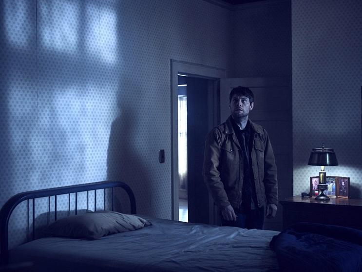 Outcast season 1 Patrick Fugit as Kyle Barnes