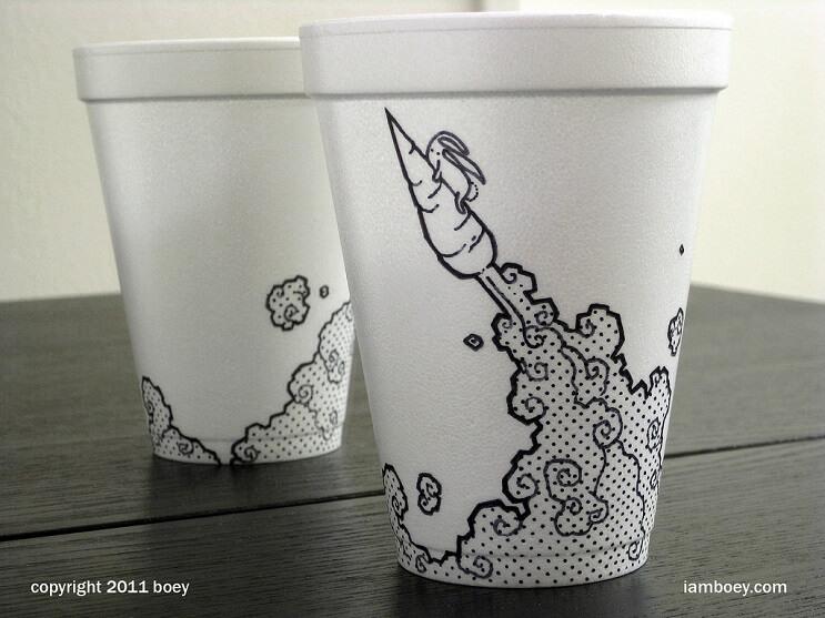 El arte de despertar y dibujar en tasas de café 06