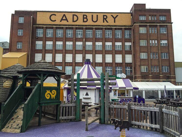 Esta fábrica de chocolate parece la de Willy Wonka 02