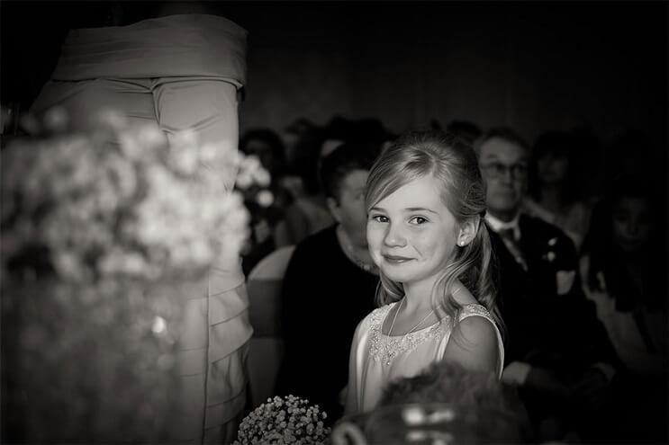 Esta niña de 9 años se ha convertido en la fotógrafa de bodas preferida 002