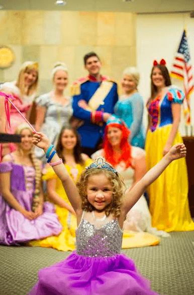 Esta niña fue adoptada y la ceremonia estuvo llena de magia y color 03