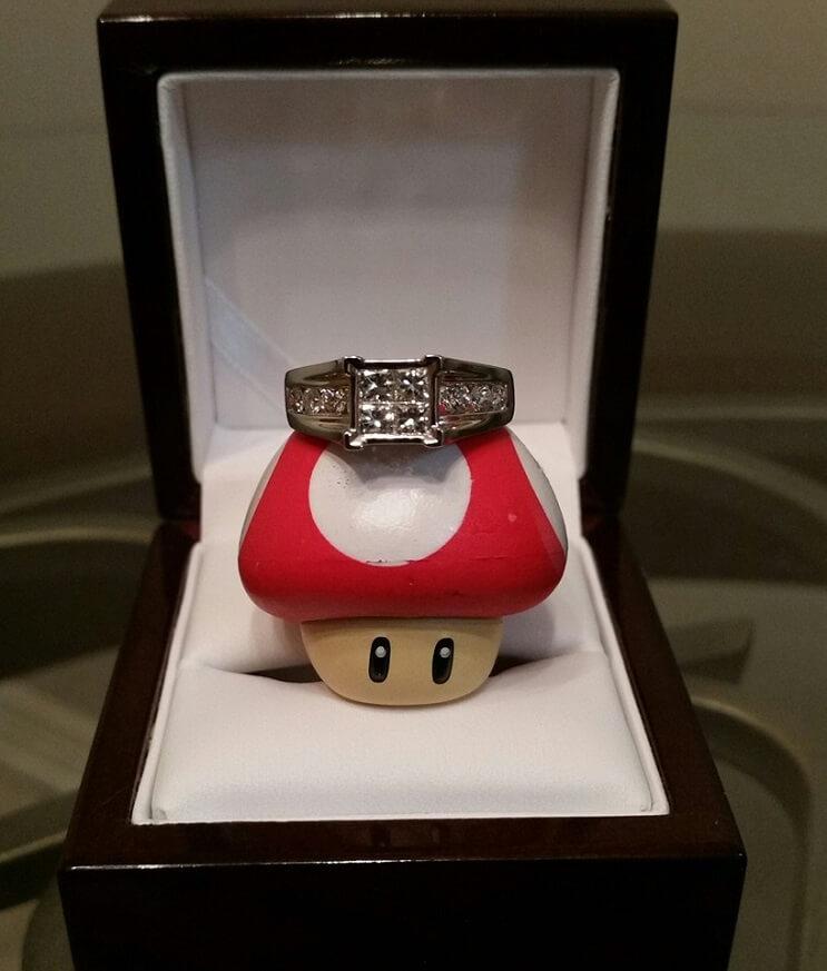Este aficionado recreó un nivel de Mario Bros para pedirle matrimonio a su novia 03