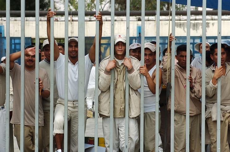 Este cortometraje nos muestra que ir a la cárcel no es para nadie una opción 6
