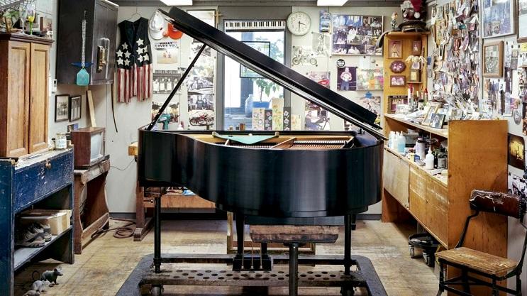 Este fotógrafo capturó el increíble proceso de construcción de los pianos de cola Steinway 34