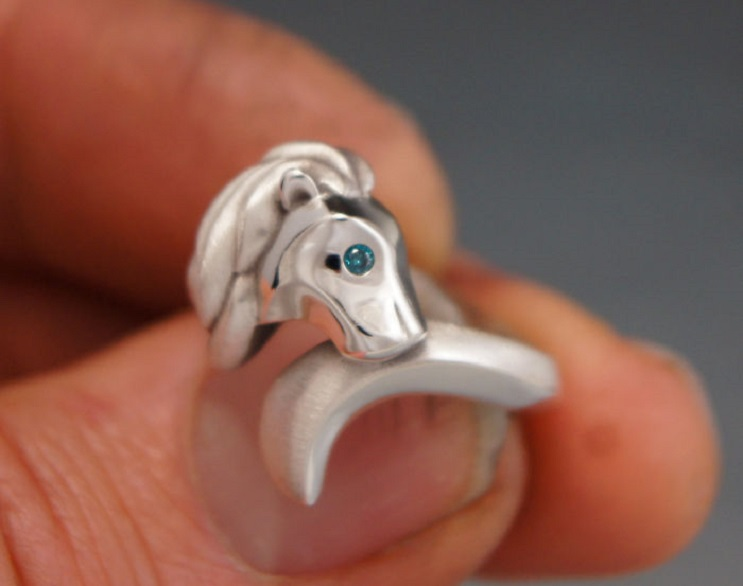 Hermosas joyas inspiradas en animales salvajes que te encantarán 18