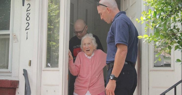 La gran sorpresa por el cumpleaños número 100 que recibió esta anciana es realmente conmovedora  01