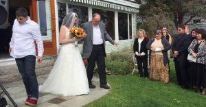 La sorpresa que este padre le dio a su hija el día de su boda romperá corazones