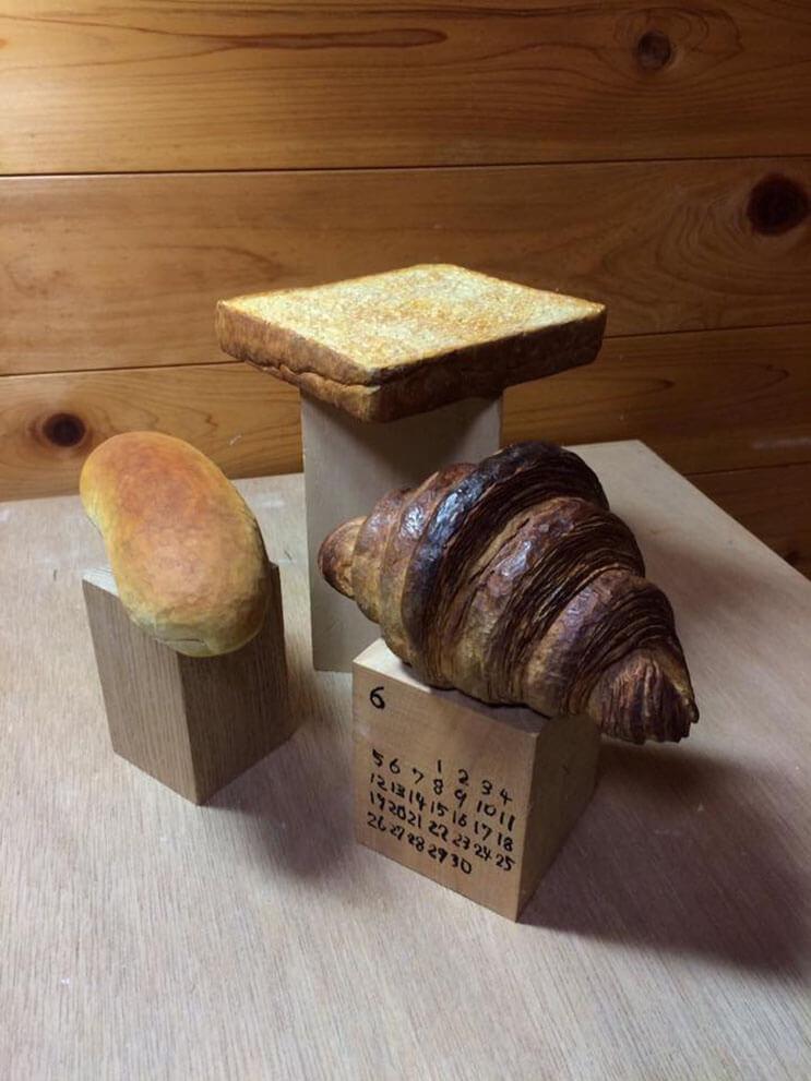 Mira lo que este escultor puede hacer con un simple pedazo de madera. ¡Asombroso! 01
