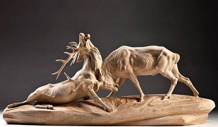 Mira los asombrosos animales que este artista crea empleando madera 02