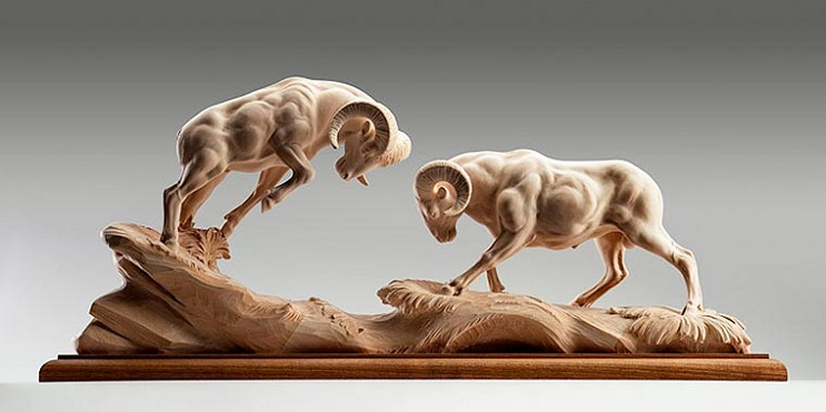 Mira los asombrosos animales que este artista crea empleando madera 04