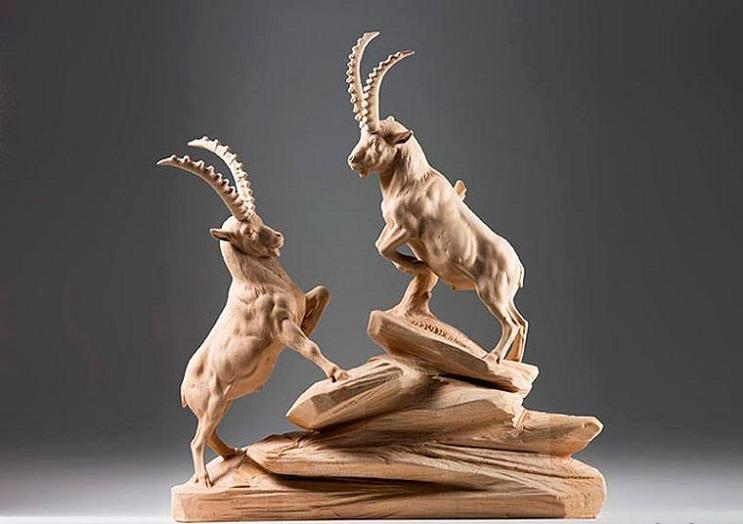 Mira los asombrosos animales que este artista crea empleando madera 06