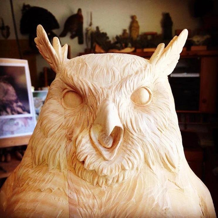 Mira los asombrosos animales que este artista crea empleando madera 11