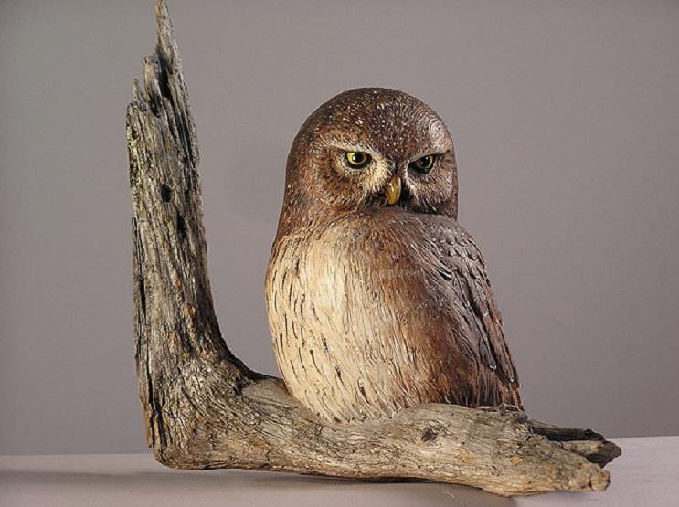 Mira los asombrosos animales que este artista crea empleando madera 16