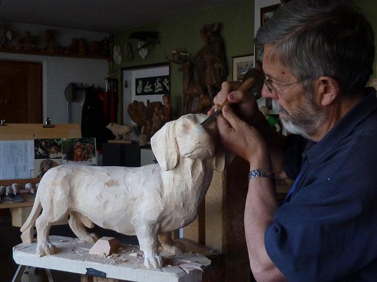 Mira los asombrosos animales que este artista crea empleando madera 19