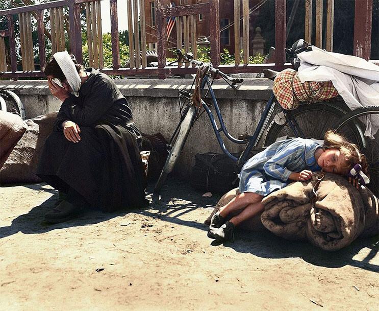 Sorprendentes fotografías de refugiados europeos en Siria, la historia se repite 06