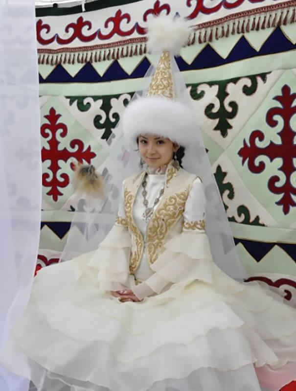 15 trajes de bodas de distintos lugares del mundo kazajstan
