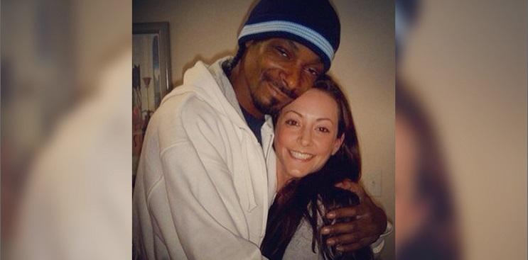 1Quién mantiene a Snoop Dogg elevado 01