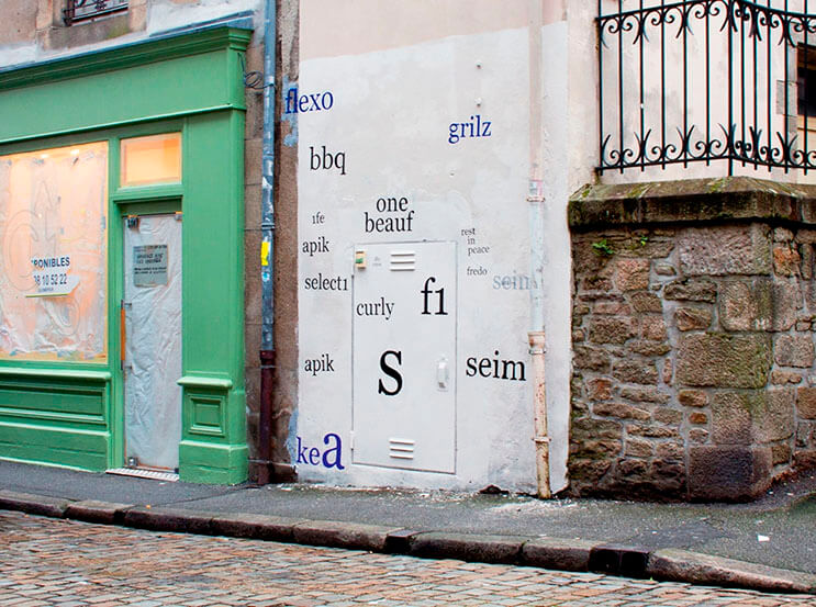 Artista callejero transforma graffiti en hermosas frases 4