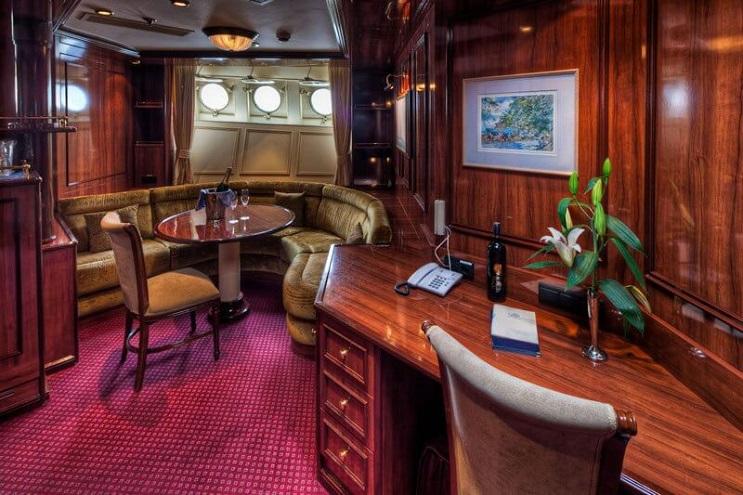 Conoce por dentro al barco de vela más grande del mundo 15