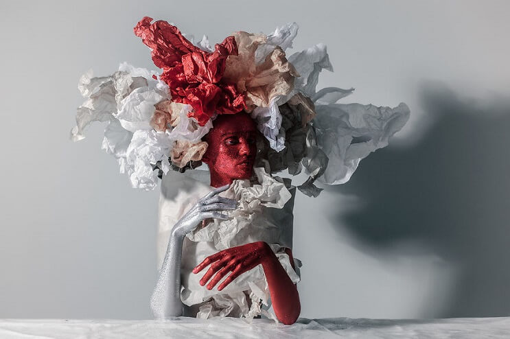 Convierten materiales reciclables en verdaderas obras de arte 03