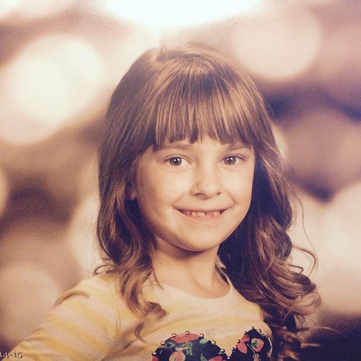 El tributo a esta niña de 7 años que murió de cáncer es realmente conmovedor - Katherine King 3