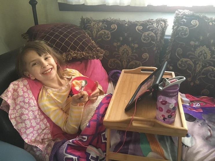 El tributo a esta niña de 7 años que murió de cáncer es realmente conmovedor - Katherine King