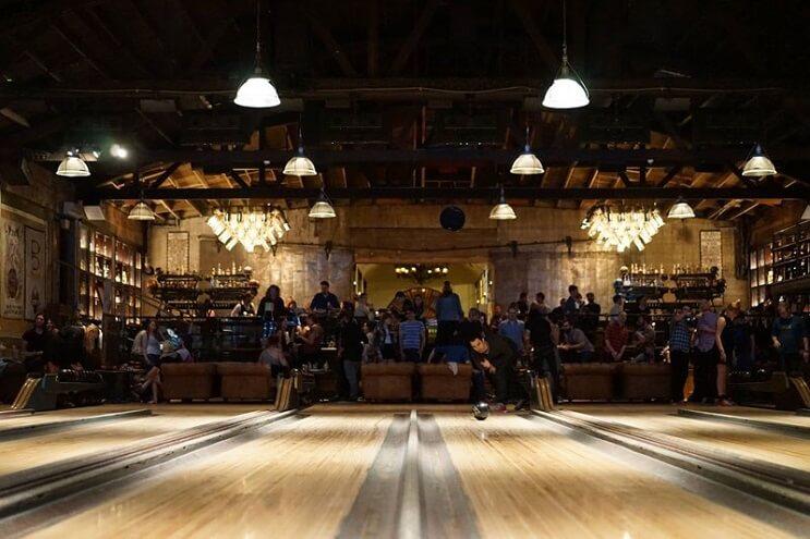Este bowling te parecerá el más lujoso que has visto en tu vida 6