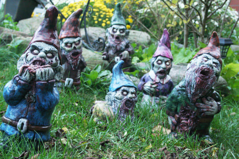 Fanático de los zombis Estos adornos para tu jardín te encantarán 10
