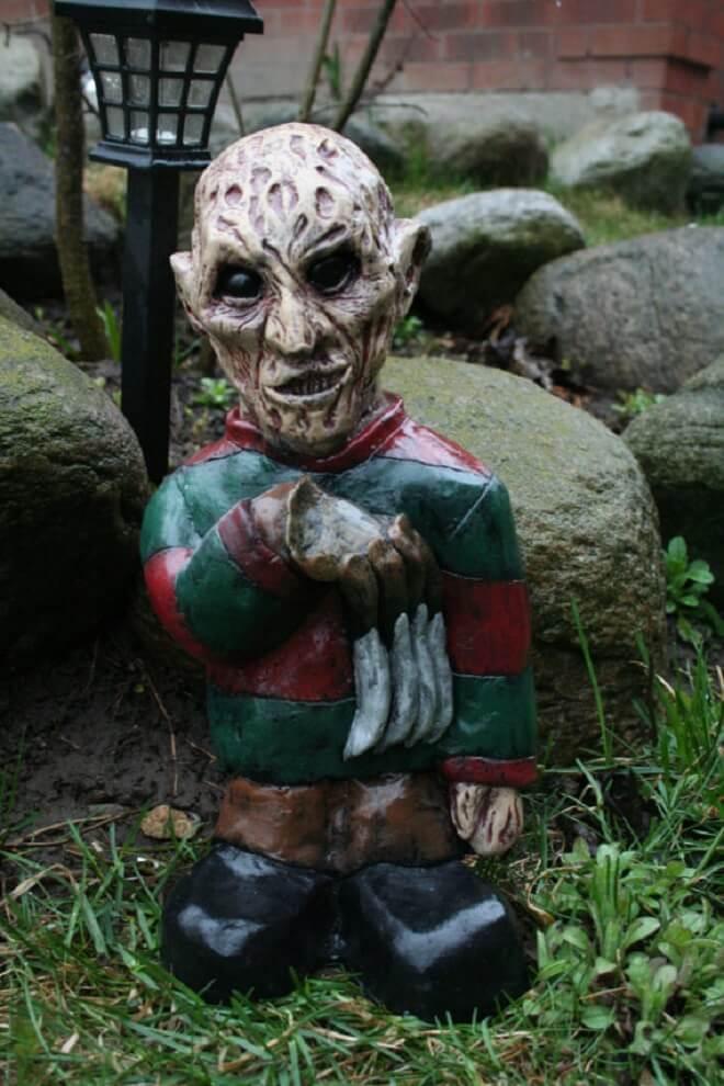 Fanático de los zombis Estos adornos para tu jardín te encantarán 13