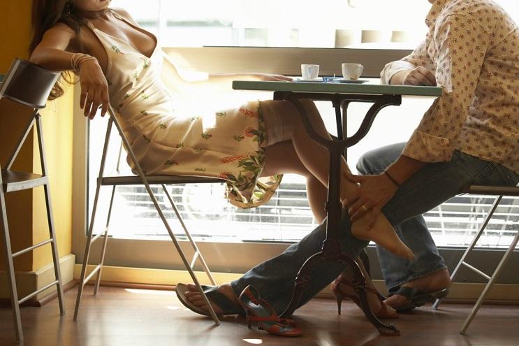 Fellatio Café, un lugar donde el café se sirve con sexo oral 03