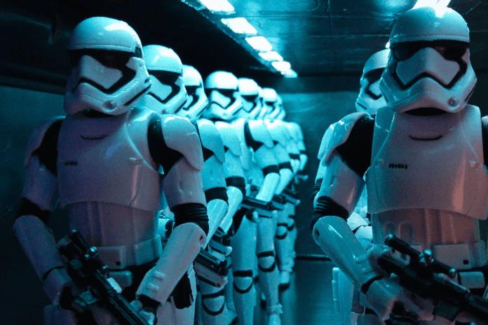 Hasbro presenta a los finalistas de su concurso de fotografía con juguetes de Star Wars 25