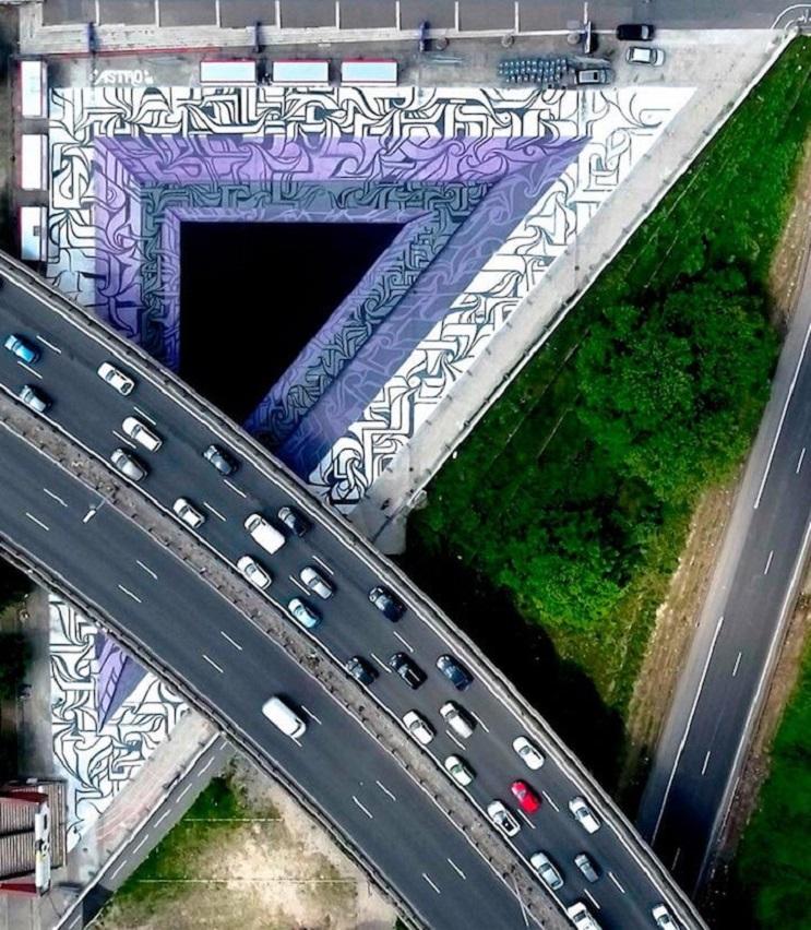 Increíbles murales que te llevarán otro universo 11