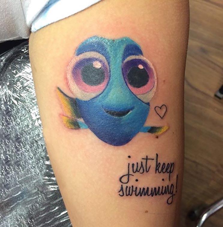 Increíbles tatuajes inspirados en las películas de Pixar 1