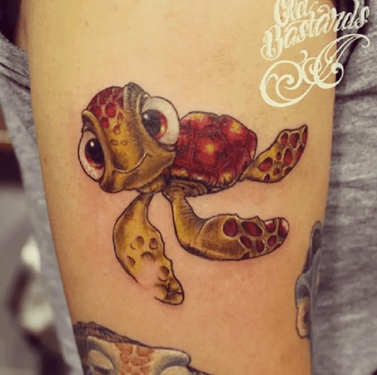 Increíbles tatuajes inspirados en las películas de Pixar 6