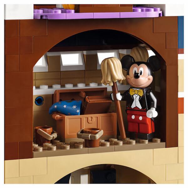 LEGO anuncia la llegada del castillo de Disney y se ve genial 09